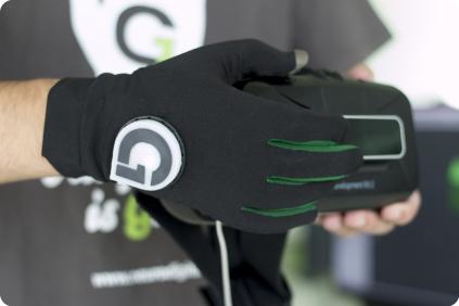gloveone-3